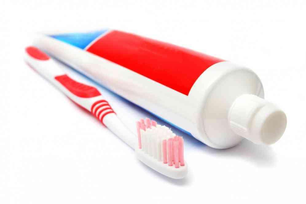 Apa hukumnya menggunakan pasta gigi di siang bulan Ramadhan bagi yang sedang berpuasa?